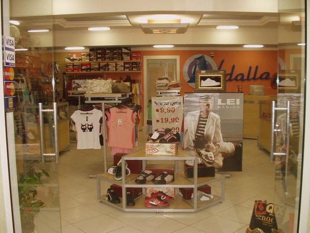 7fb3f9b6a loja de roupas e acessorios multimarcas