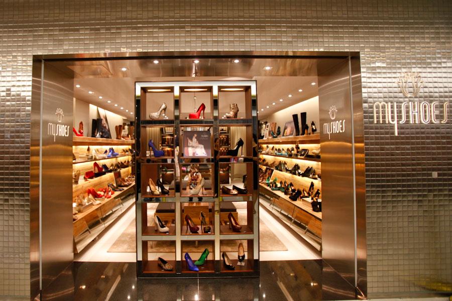 2be974b69 8 dicas para deixar vitrines de lojas mais atraentes